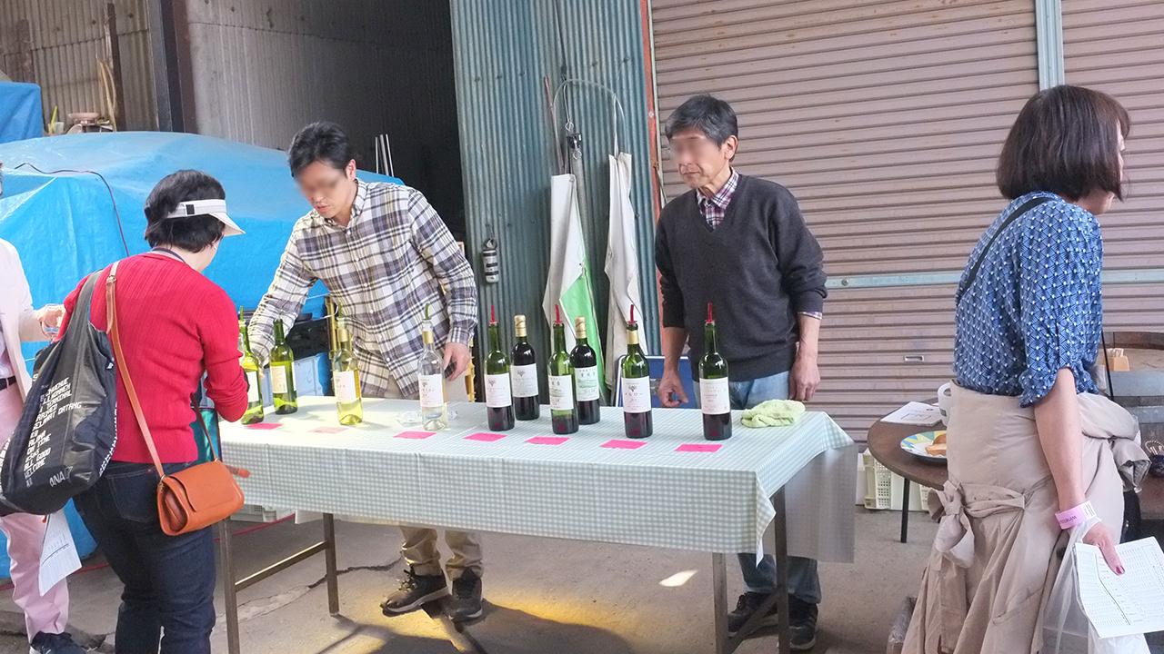 ワインツーリズムで北野呂醸造を訪れた際の試飲会場の様子